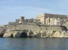 Malta_harbour_fortress