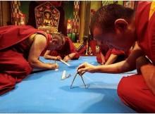 1017-tibeto-vienuoliai--dykai-eu