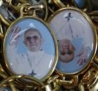 pakabukai-su-popieziaus-pranciskaus-atvaizdu-514336cd5bf37