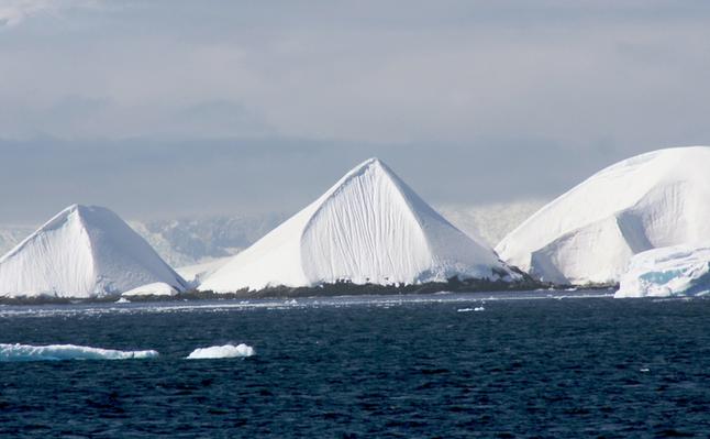 antarktidos-piramides