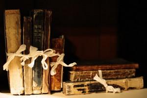 keistos-knygos