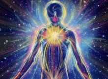 zmogaus-aura-kosmosas
