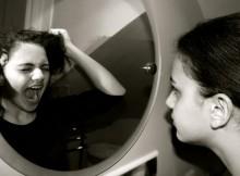 veidrodis-pyktis