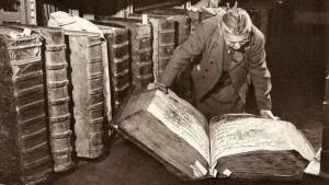 prahos-archyvas