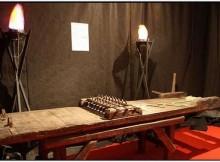 dark-ages-instruments-of-torture22