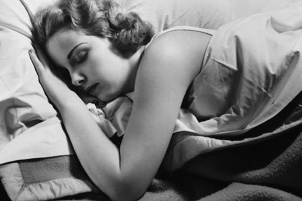 woman-sleeping5904
