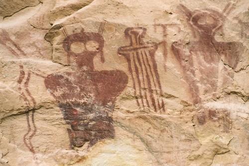 Ancient-Aliens-ancient-aliens-29404987-500-335