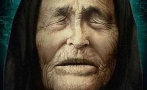 Gimė Strumicoje, Osmanų imperijoje (dabar Makedonija). Vaikystėje persikėlė į Bulgariją, prie Petričiaus miesto esantį Rupitės kaimą. Vangelijos tėvas kariavo I pasauliniame kare, o motina mirė, todėl ji išgyveno giminių ir kaimynų pagalba. Vėliau tėvas vedė kitą moterį. Vanga nuo vaikystės domėjosi gydymu, žolelėmis. Pagal jos pasakojimą, ji patekusi į viesulą, kuris ją pakėlęs nuo žemės ir nubloškęs tolyn. Atgavusi sąmonę Vanga negalėjusi atmerkti akių dėl į jas patekusio smėlio. Pinigų operacijai neužteko, todėl ji liko akla.  Per II pasaulinį karą pas ją plūdo žmonės, siekę sužinoti savo artimųjų likimą, žūties vietą. 1942 m. pas Vangą apsilankė pats Bulgarijos karalius Borisas III. 1942 m. Vanga ištekėjo už Dimitaro Gušterovo ir persikėlė į Petričių. Vėliau jis tarnavo armijoje, grįžęs susirgo, tapo alkoholiku ir mirė 1962 m. Vanga išgyveno iki 1996 m. Jos laidotuvėse dalyvavo minios žmonių, o jos namas paverstas muziejumi. Palaidota Rupitės kaime.