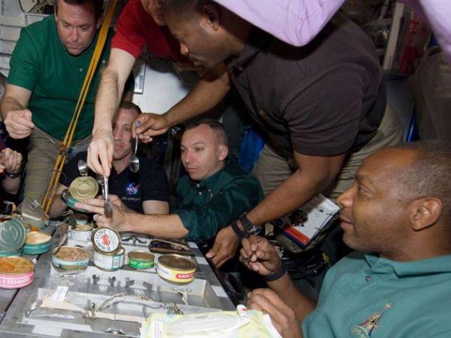 maistas-kosmose