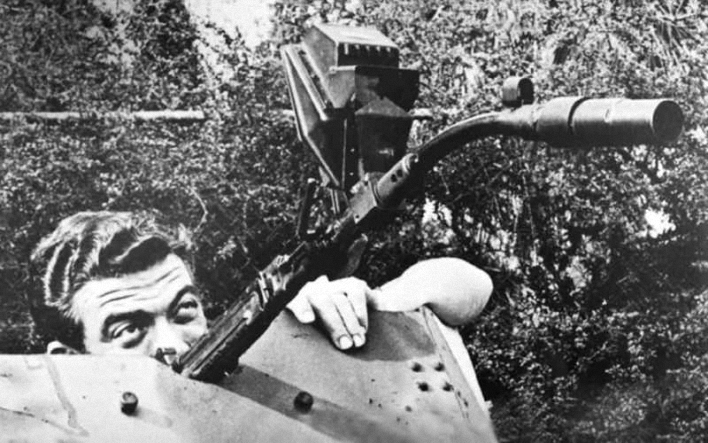 ginklas-naciai