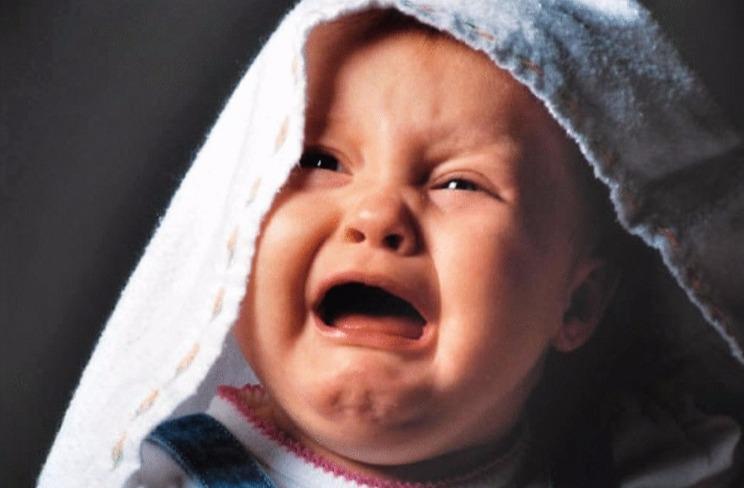 Ezoterikai perspėja mamas: jokiais būdais nepriimkite nešiotų rubelių