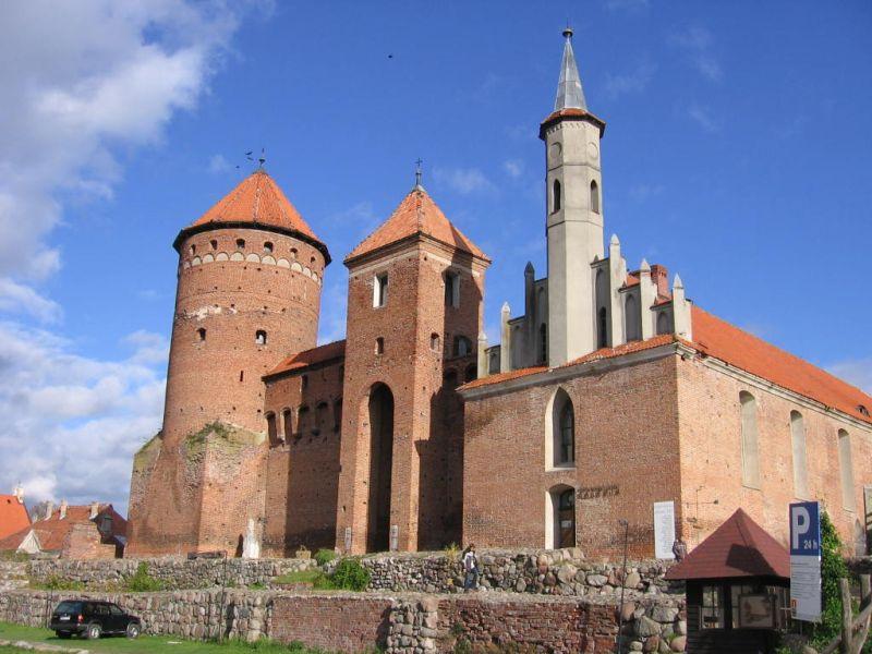pilis-lenkija